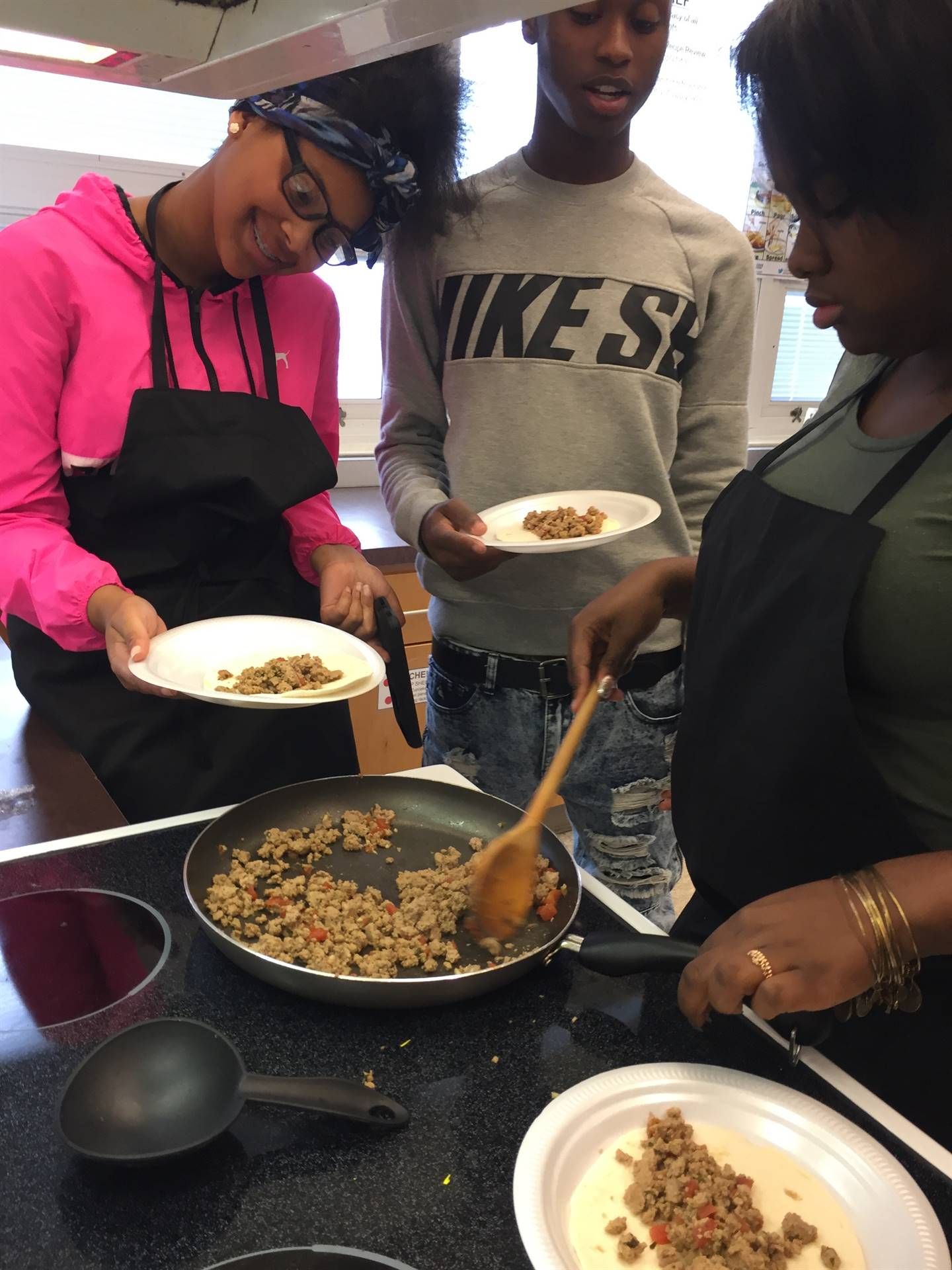 Food Service Students Make Soft Tacos