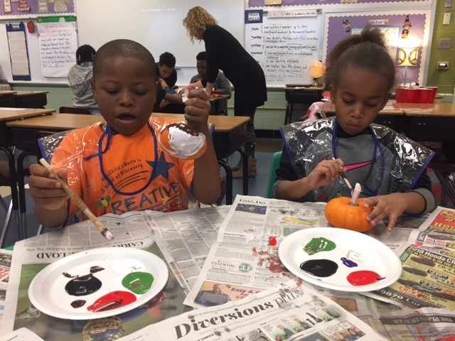 Mrs. Schmersal's 3rd Grade Homeroom enjoyed their Fall Festival Reward on Friday, October 26th.  Students played bingo, created fall lanterns, enjoyed scary doughnuts and painted their own pumpkins!