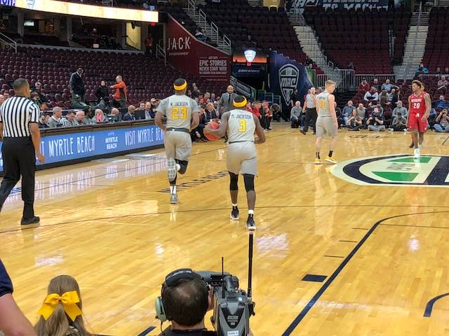 Marreon Jackson and Willie Jackson with the Toldeo Rockets at the Quicken Loans Arena