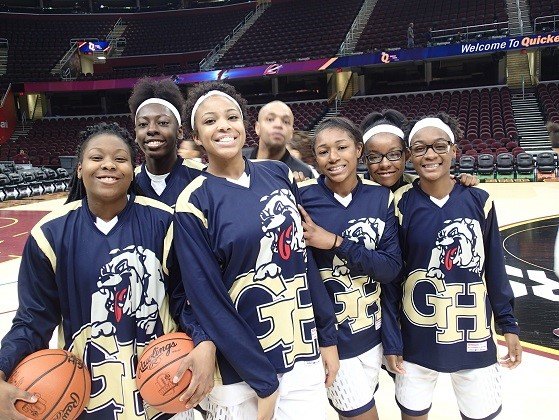 Girls Basketball at the Q