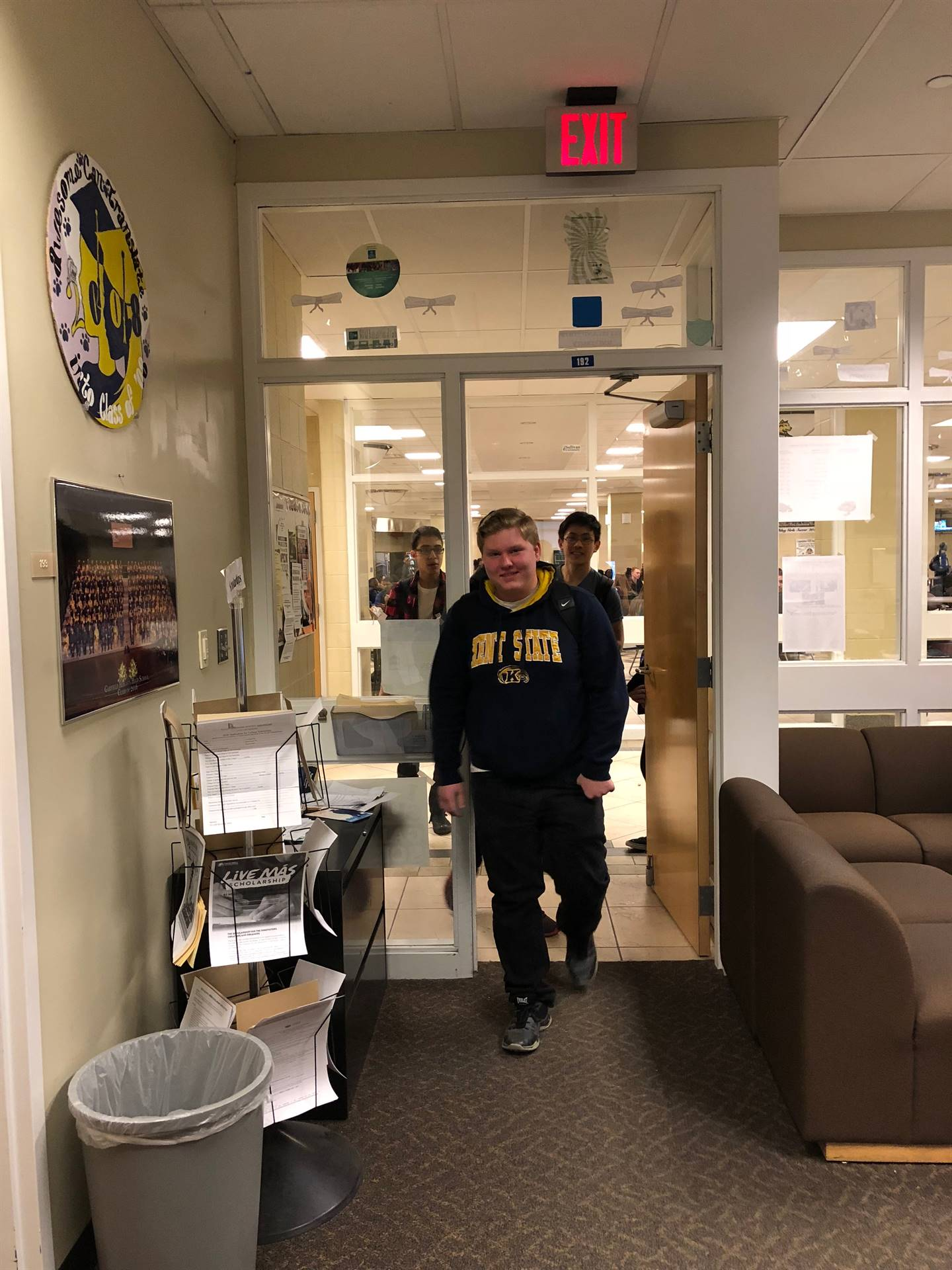 students entering guidance office to take Top 10 pictures