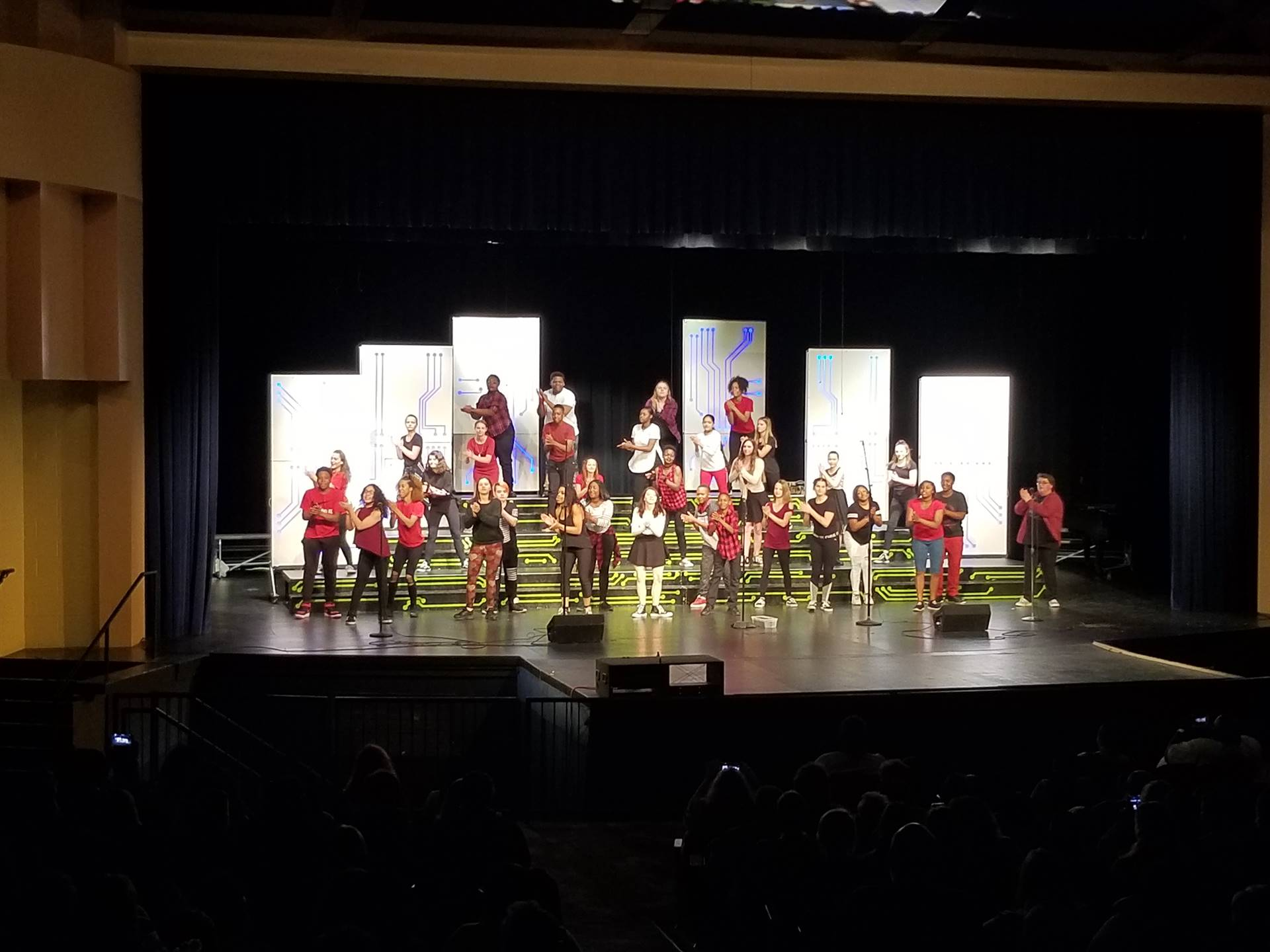 MS Spring Choir Concert - Show Choir