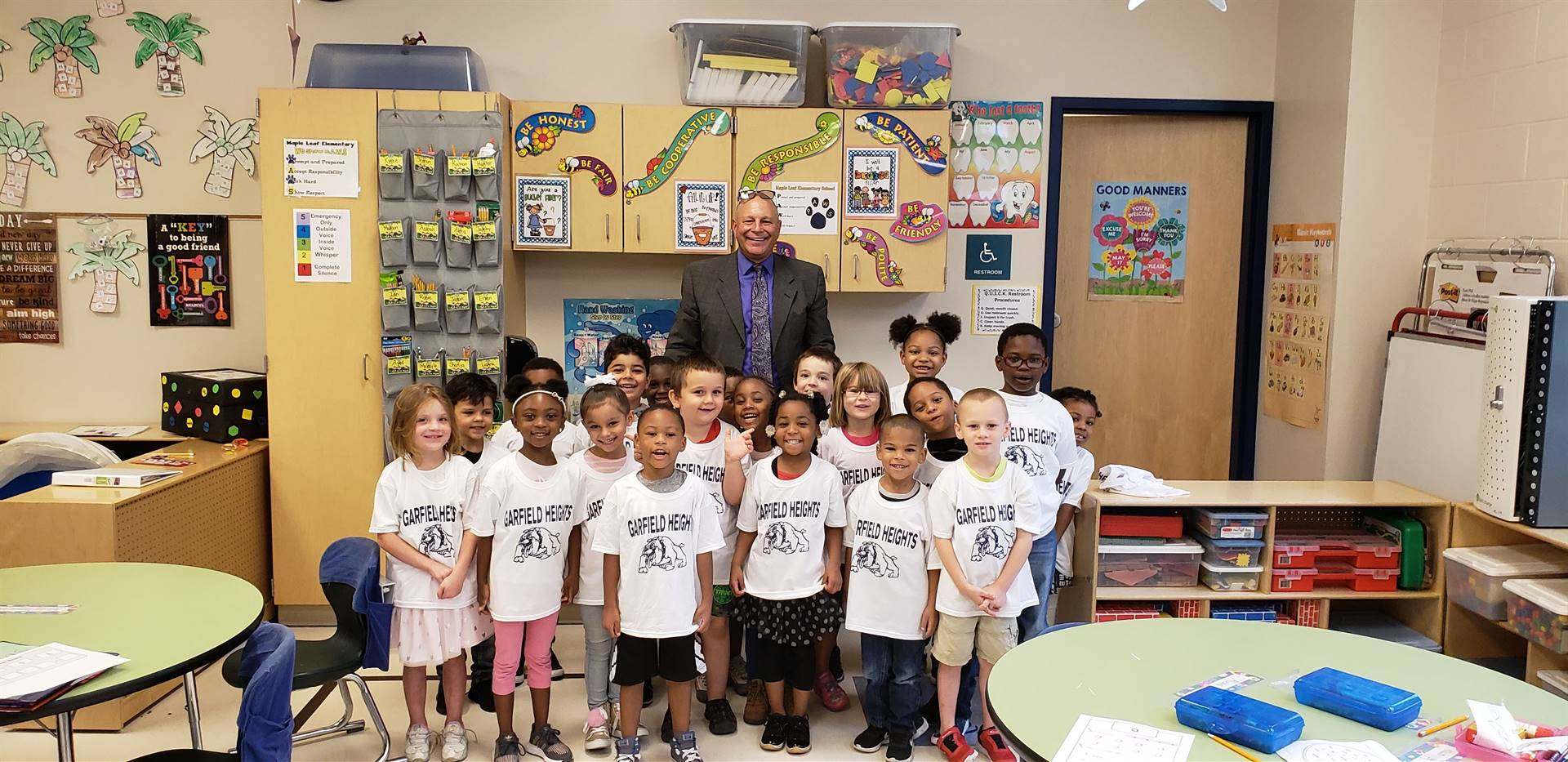 Class of 2031 gets their shirts from Mr. O